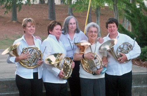 7-frenchhorns.jpg