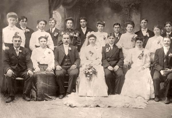 simchickwedding1906.jpg